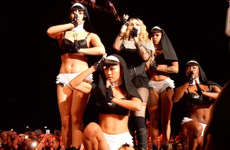 Madonna, Holy Water, Rebel Heart tour, Paris, chrisweger