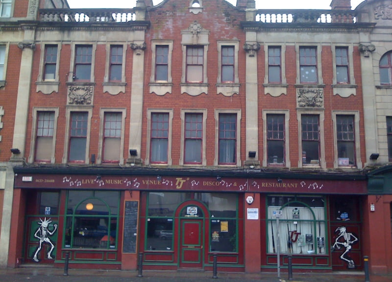 TJ's, Newport, 2010