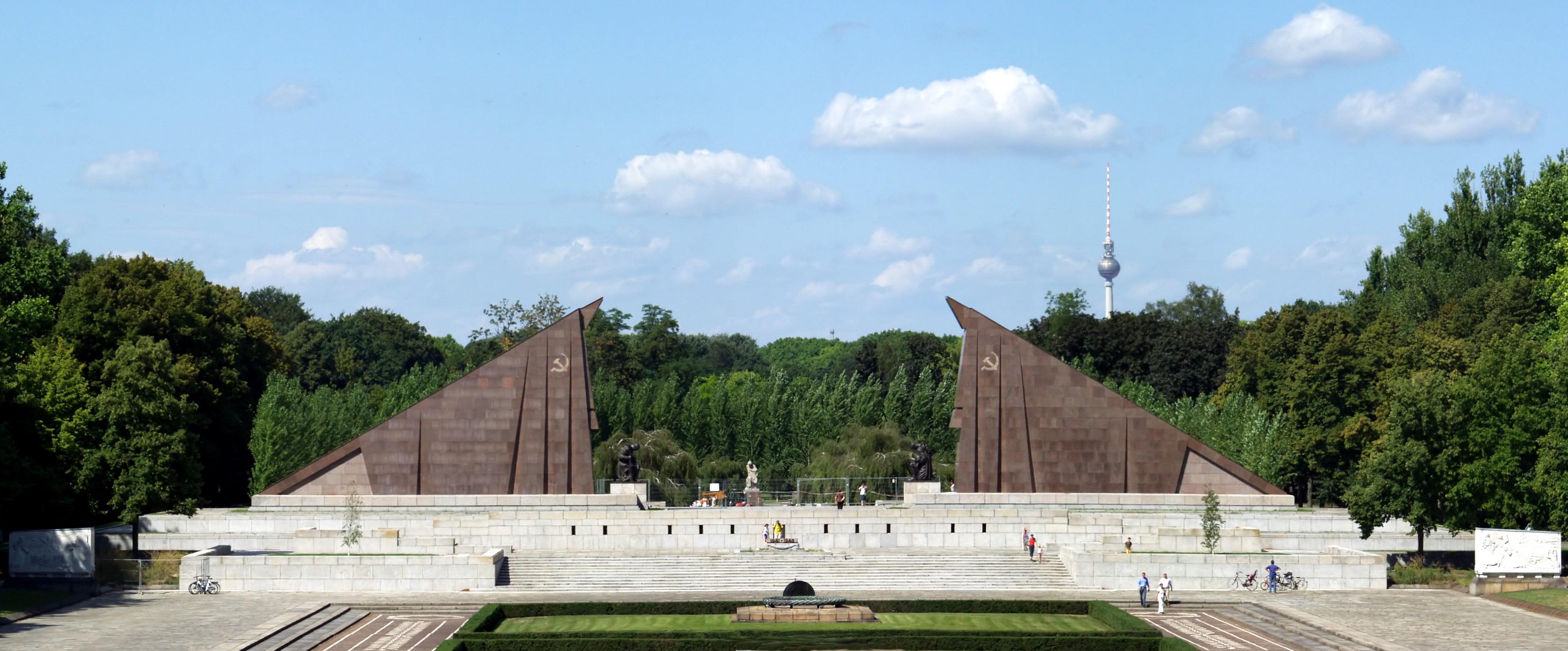 Sowjetisches Ehrenmal (Soviet War Memorial), Treptower Park, Berlin, Raimond Spekking