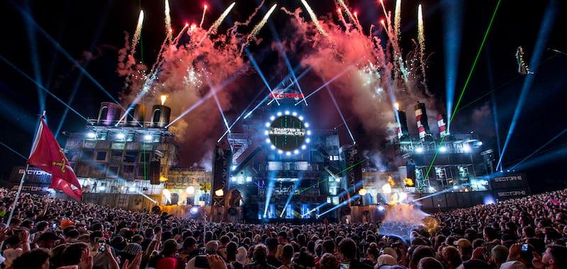 Severe weather wreaks havoc for UK festivals