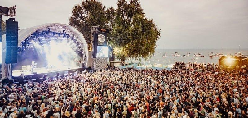 Swiss festival season gone as gov extends event ban