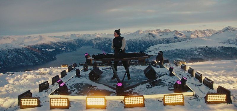 Kygo live from Sunmore Alps, Moment House